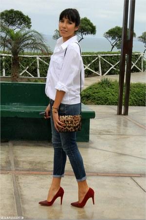 nude crossbody bag Studio F bag - blue skinny jeans Fiorucci jeans