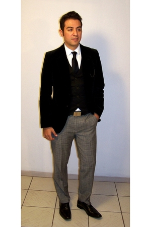 black Zara blazer - black Zara vest - white H&M shirt - gray calvin klein pants