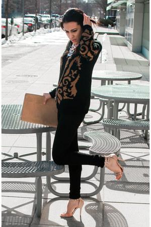 nude studded sandal Steve Madden heels - black H&M jeans