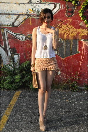 peach lace Zara shorts - beige suede Zara boots - white Urban Outfitters top