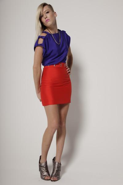 red Cavortress skirt - purple Cavortress blouse - silver Steven by Steve Madden