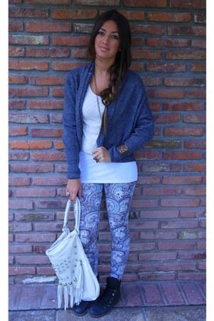 H&M shirt - turquoise blue Tropea bag - H&M ring