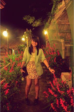 black shoes - pink skirt - green blazer - white top