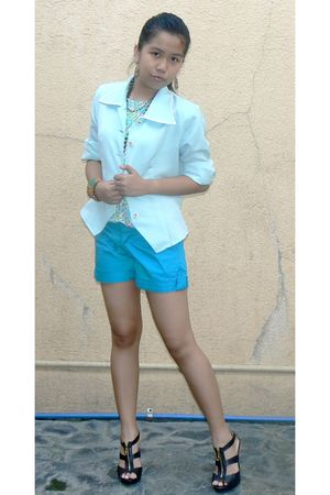 blue thrifted blazer - blue shoparazzi floral top - blue Greenhills shorts - bla