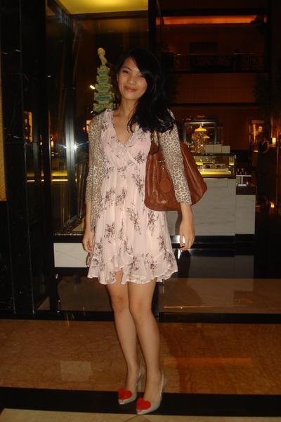brown Dorothy Perkins cardigan - pink Topshop dress - brown Gucci accessories