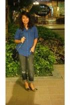 gray denim Bobson jeans - black chain Chanel purse - olive green Viade Ciclemini