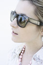 Celine-sunglasses-new-look-blouse-forever21-skirt-forever21-necklace