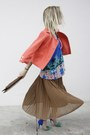 H-m-vest-zara-heels-new-look-top-miss-united-skirt