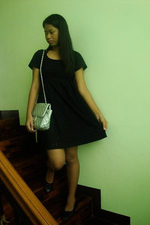 black H&M dress - black - silver purse