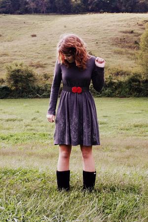 dress - belt - boots