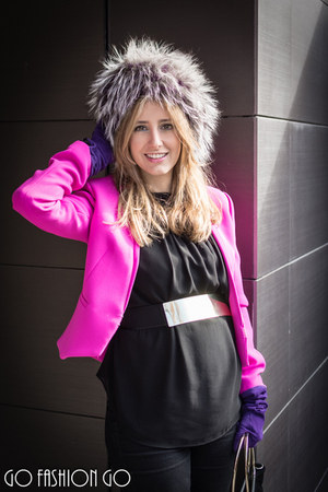 black Uterque blouse - silver Saga Furs hat