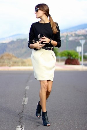 Lusstra skirt - natura sweater - Mango heels - Mango heels - Mango bracelet