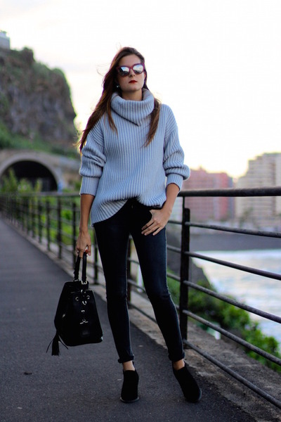 Sheinside cardigan - Prada bag - Marc Jacobs sunglasses