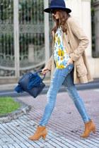 Choies blouse - Bershka boots - Freyrs sunglasses - Primark hair accessory