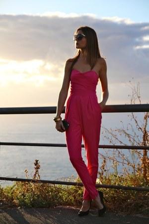 Dolce & Gabbana sunglasses - Strada heels - TFNC suit