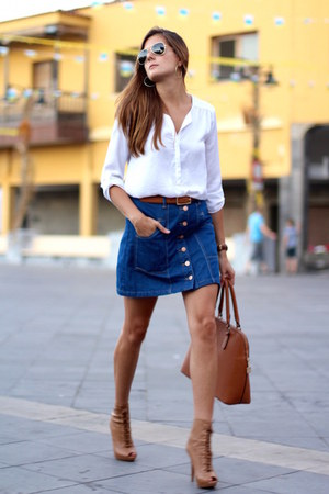 Stradivarius skirt - Stradivarius blouse - Stradivarius belt