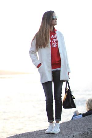 red liketosurf hoodie - Converse sneakers