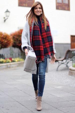 Choies scarf - Zara boots - Zara jeans - Michael Kors bag