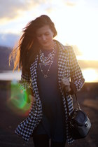 Sheinside coat - pull&bear dress - Mango heels - Zara necklace