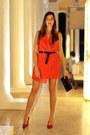 Walktrendy-dress-bershka-heels-stradivarius-belt