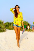 Sheinside blouse - Zara shorts
