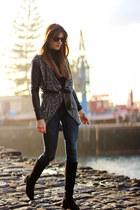 Zara boots - Zara jeans - Ray Ban sunglasses