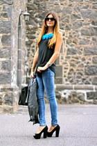 Coqueta Complementos necklace - Zara jacket - Zara heels