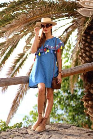 Sheinside dress - natura bag - Mustang flats