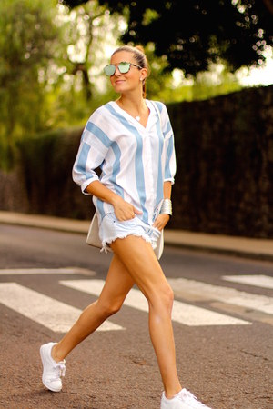 Christian Siriano bag - Zara shorts - christian dior sunglasses