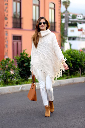 Bershka boots - Zara jeans - ChiChi London cape