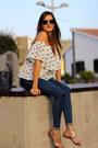 Zara-jeans-walktrendy-blouse-zara-sandals