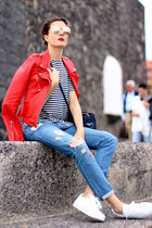 Zara jacket - Zara t-shirt - Adidas sneakers