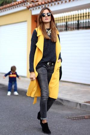 Sheinside vest - Zara boots - Primark sweater - sara briganty necklace