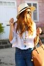 Mango-jeans-zara-blouse-pull-bear-heels-coqueta-complementos-necklace