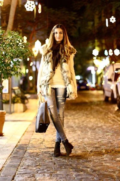Choies vest - suchn boots - El potro bag