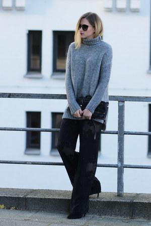 lace Zara pants - Zara sweatshirt