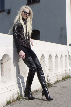 Wayne jacket - Jean Michel Cazabat boots - David Lerner leggings