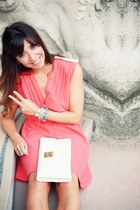 salmon clo&se dress - white Rose et Josephine bag - camel see by chloé sandals