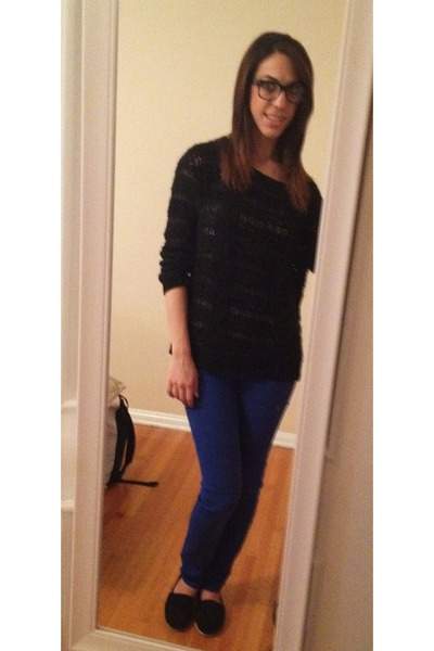 TOMS shoes - Urban Outfitters jeans - Urban Outfitters sweater