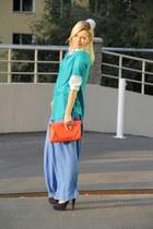 navy blue Gino Vaelo heels - red Zara bag