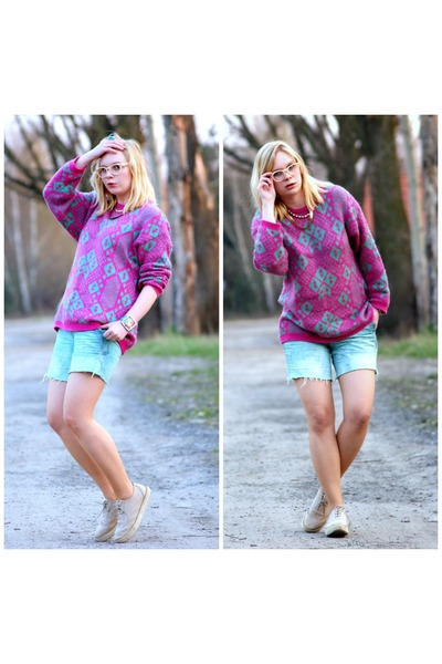hot pink vintage sweater