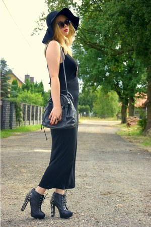 black F&F dress