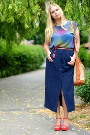 navy SH skirt