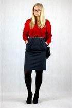 red SH dress