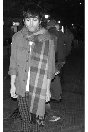 H&M scarf - Amaya Arzuaga t-shirt - H&M pants - vintage jacket
