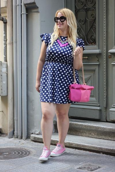 Pink Clic Jewels Bag Polka Dot Regalinas Dress All Star Sneakers