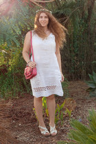 white vintage dress - hot pink Sheinside bag - off white porronet sandals