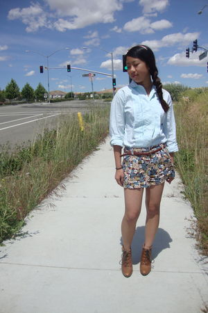 blue vintage shirt - blue hollister shorts - brown Aldo boots
