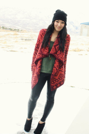 crimson Urban Outfitters cardigan - black wedge bootie Nine West boots