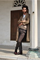 Zara shirt - vintage coat - Zara bag - Zara pants - vintage vest